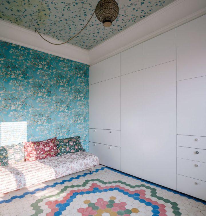 wallpaper in unique home decor