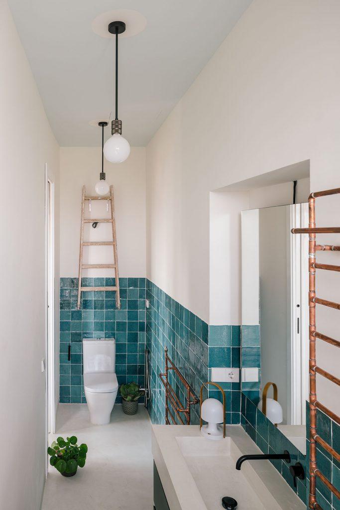 unique apartment with special bathroom idea