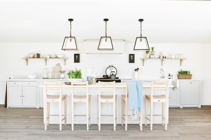 Traditionally Made Timeless Timber Κitchen Design 34
