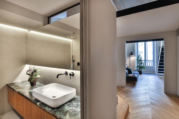 Modern Bathroom and living room