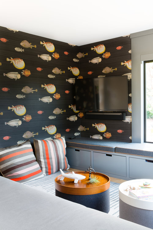 fish wall decor as the revival process of an interior