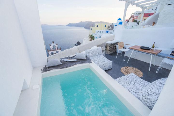 Canvas Suites Santorini Greece 2