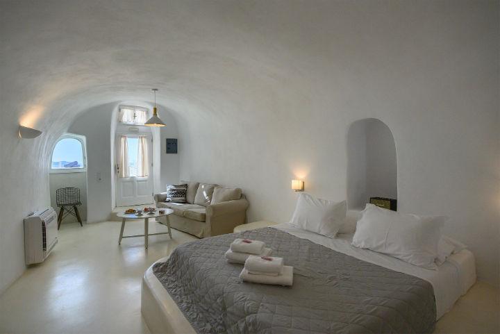 Canvas Suites Santorini Greece 24