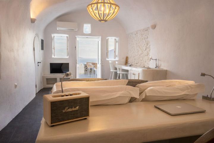 Canvas Suites Santorini Greece 6