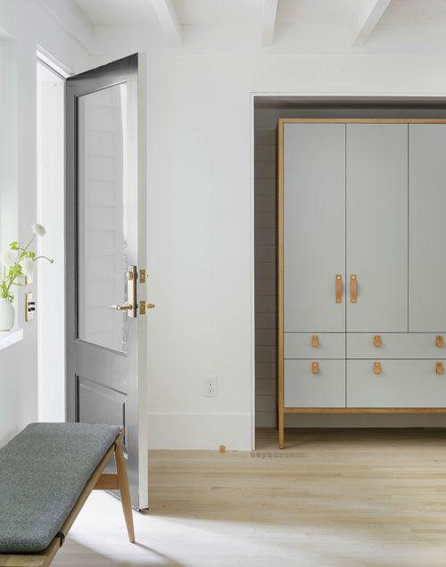 Scandinavian inspired fresh entryway idea