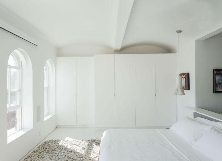minimalist white bedroom design 2