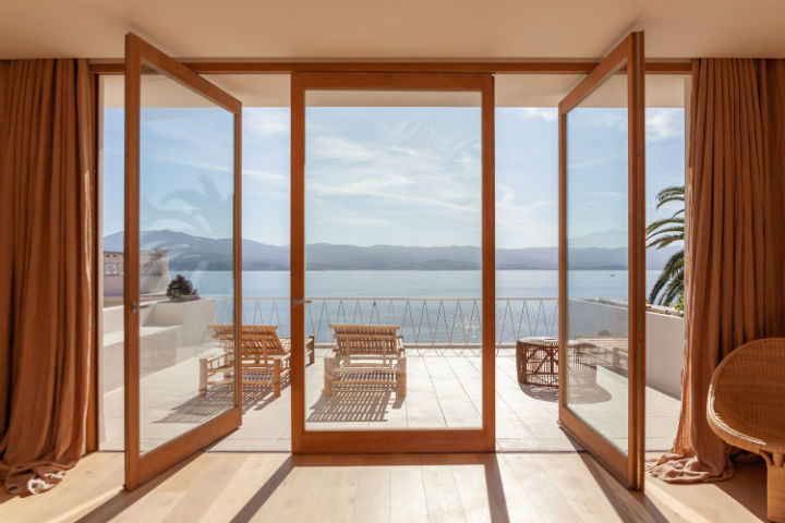 balcony with great sea view