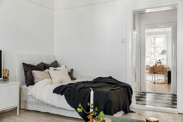 kamar tidur Skandinavia sederhana