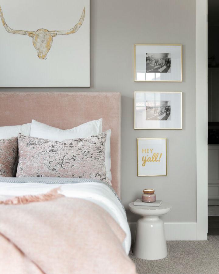 desain kamar tidur abu-abu dan pink abadi