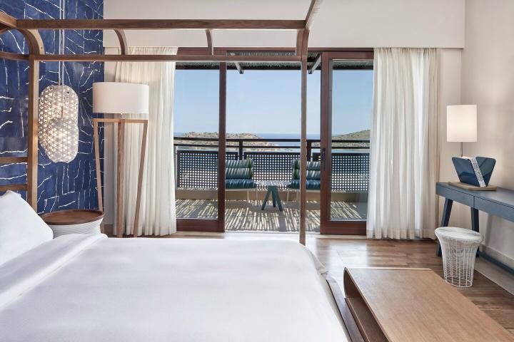Blue Palace resort in Crete 10