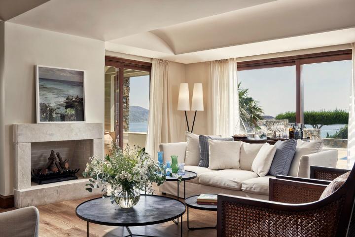 Blue Palace resort in Crete 2