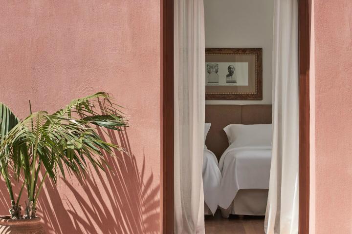 Blue Palace resort in Crete 5