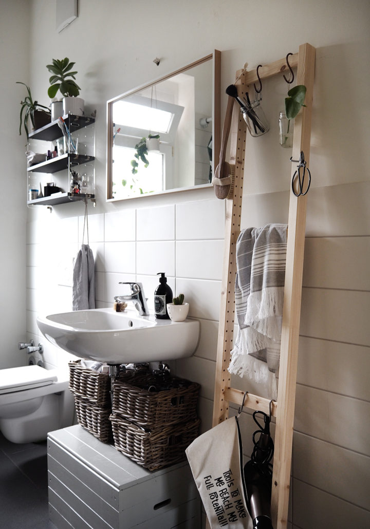 Hacks For Small Bathrooms