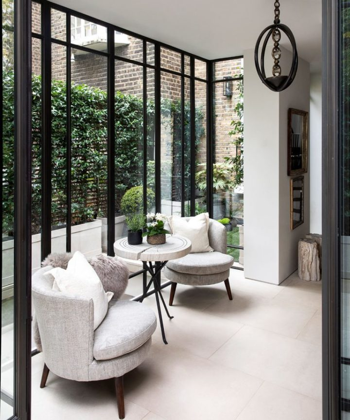 Urban modern elegant London home interior 11