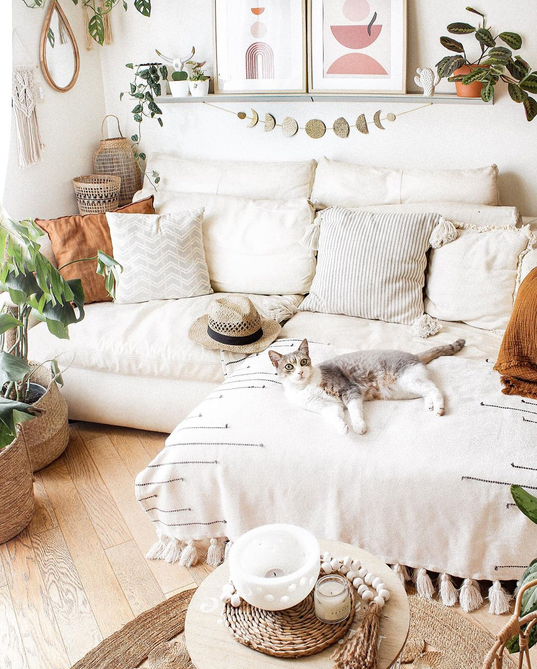 Your Cozy Home Should Look and Feel Like One | Decoholic
