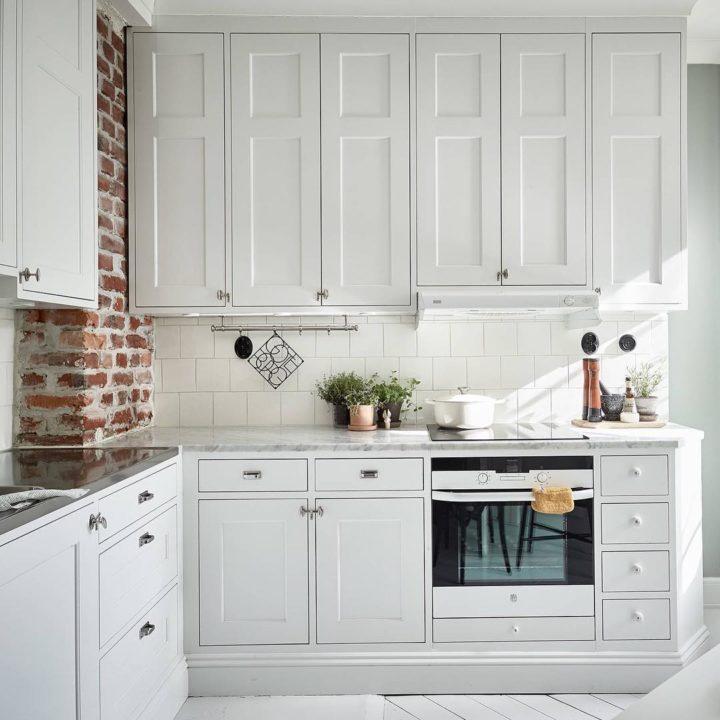 Ideias escandinavas para design de cozinhas pequenas, fornecidas pelos especialistas 79