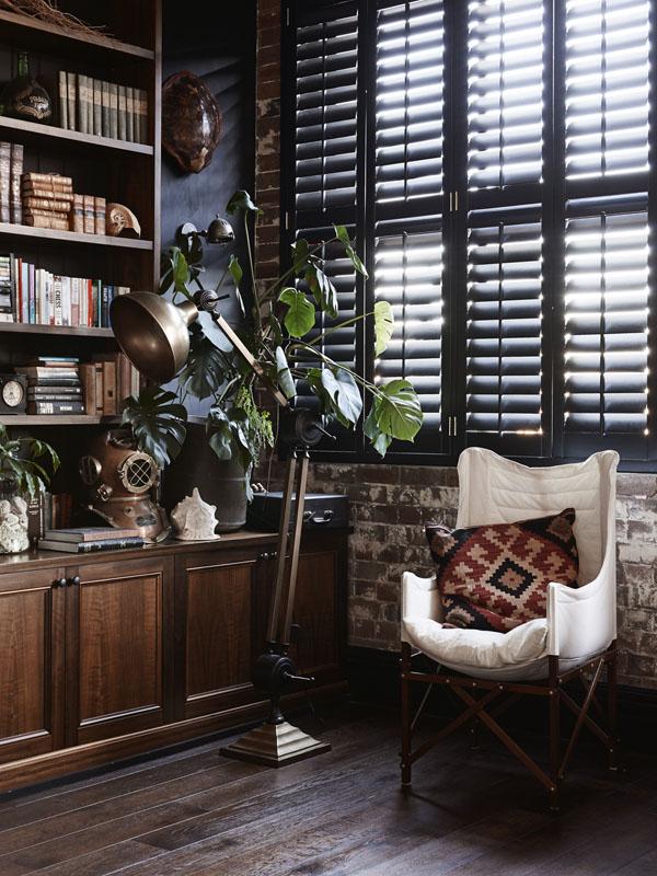 living room custom bookshelves