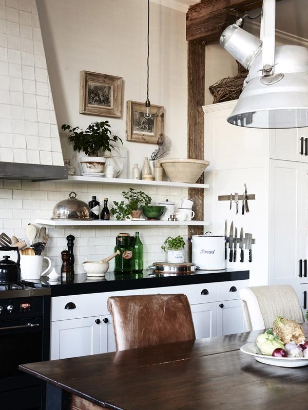 white country Spanish style kitchen design