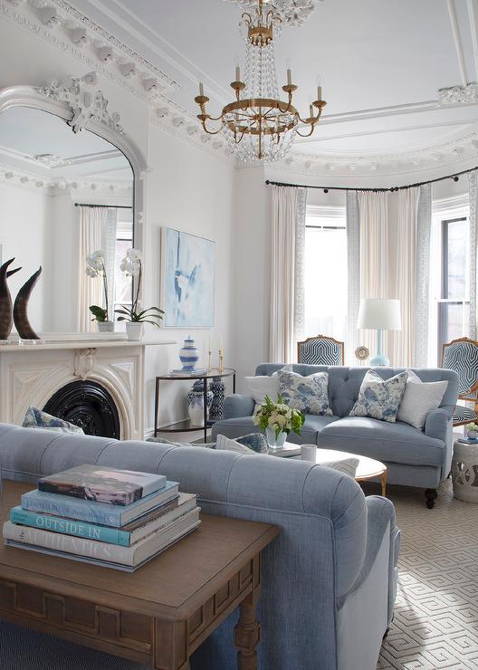 Bluebird and snowy white living room color scheme idea