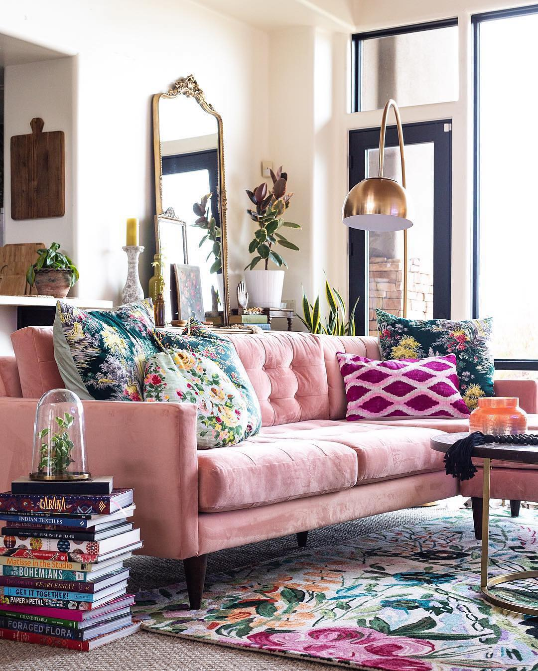 Step Outside Of The Comfort Zone Pink Sofa Living Room Ideas Decoholic