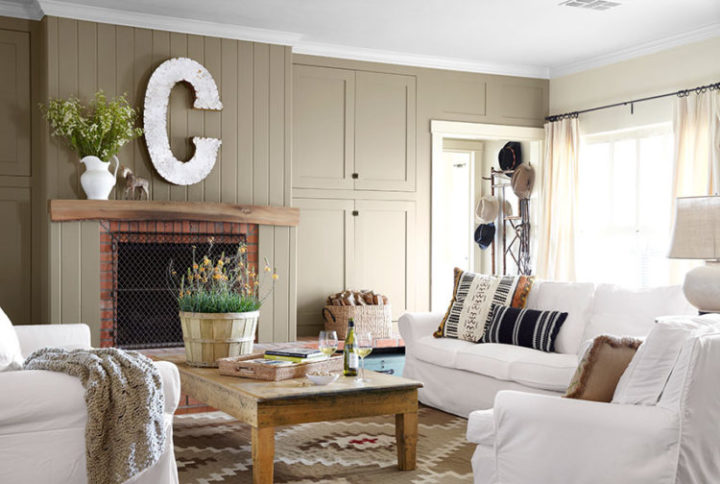 Small Living Room In Country Style, Country Style Living Room