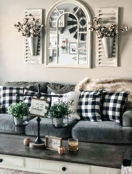 Small Living Room In Country Style, Country Living Room Decorating Pictures