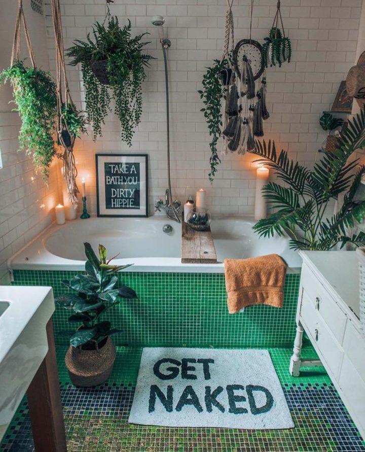 yeşil mozaik karolu bohem banyo