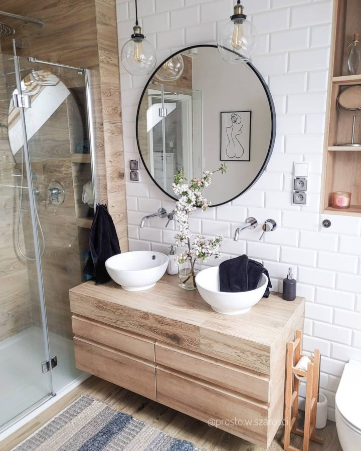 Wood-like bathroom Tiles design idea