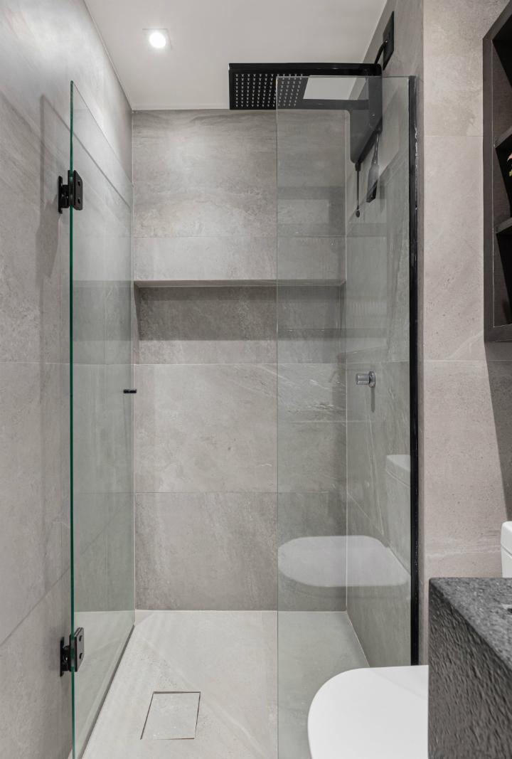 500 sq ft apartment interior design idea 26