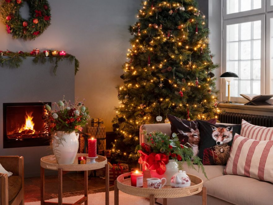 H&M Home Christmas Decorations for 2020