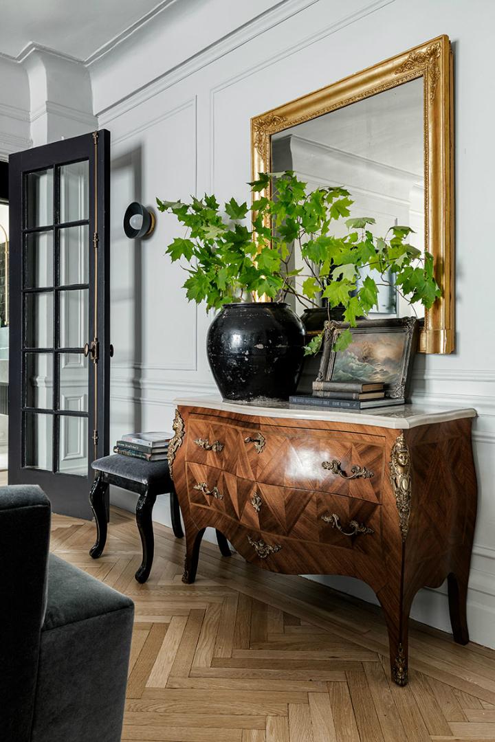 Stunning Sleek Modern Interior Design 11