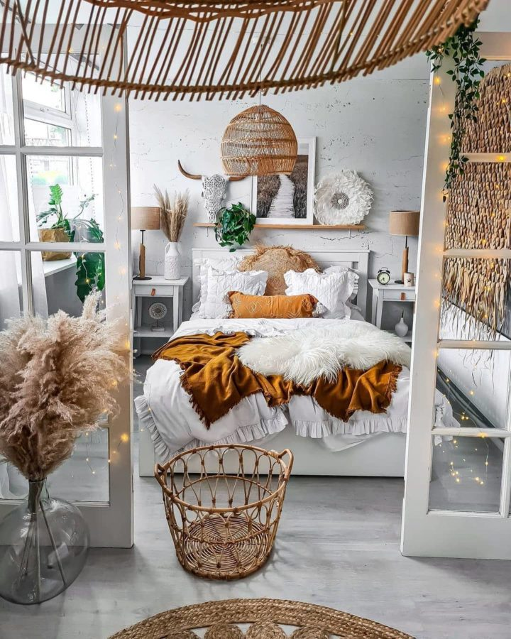 fresh boho white and rattan bedroom design idea