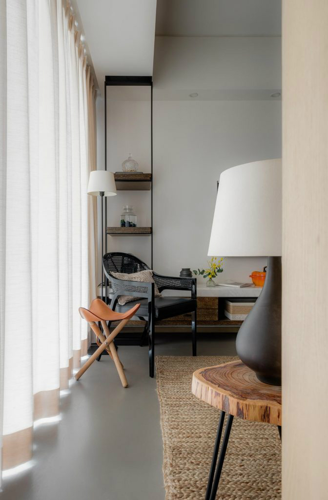 Calming Apartment That Is Undisturbed In Hong Kong 2