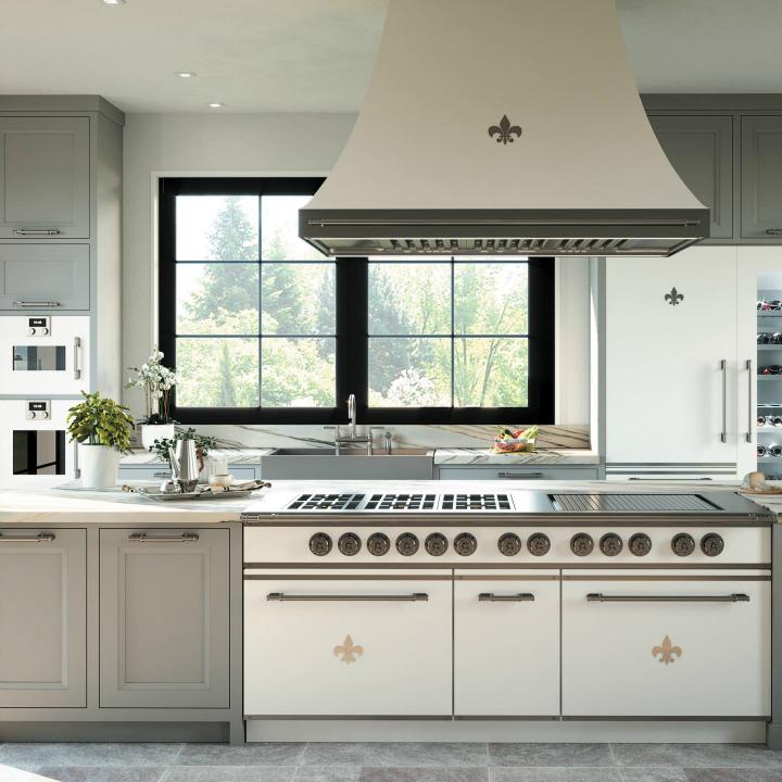 Parisian style kitchen design idea 13