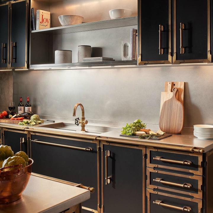 Parisian style kitchen design idea 14