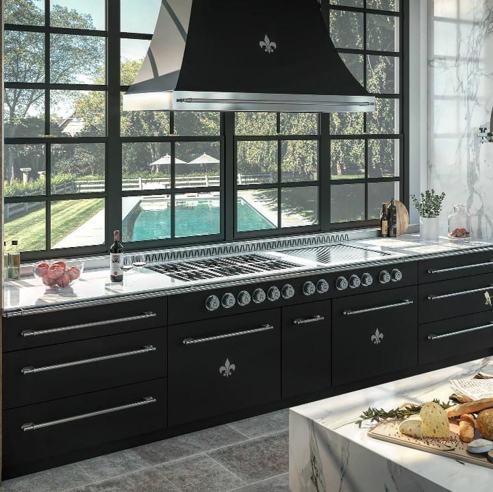 Parisian style kitchen design idea 19