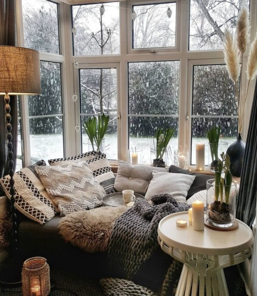 window reading nook on a budget