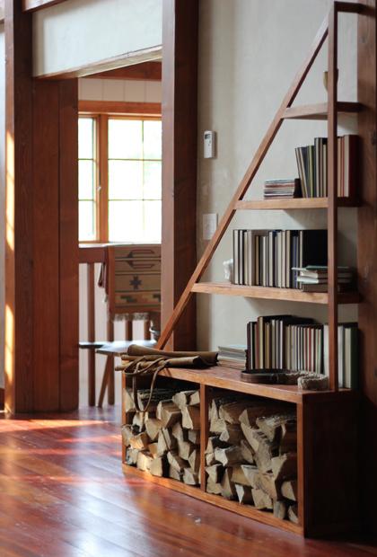 staircase rail shelves