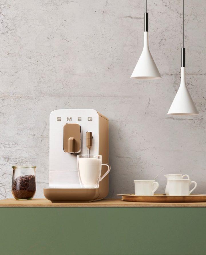 New Minimalist SMEG Coffee Maker Design