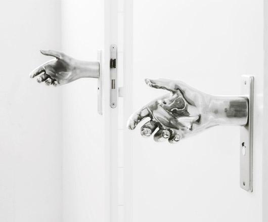 Door Hand-le by Naomi Thellier de Poncheville 2