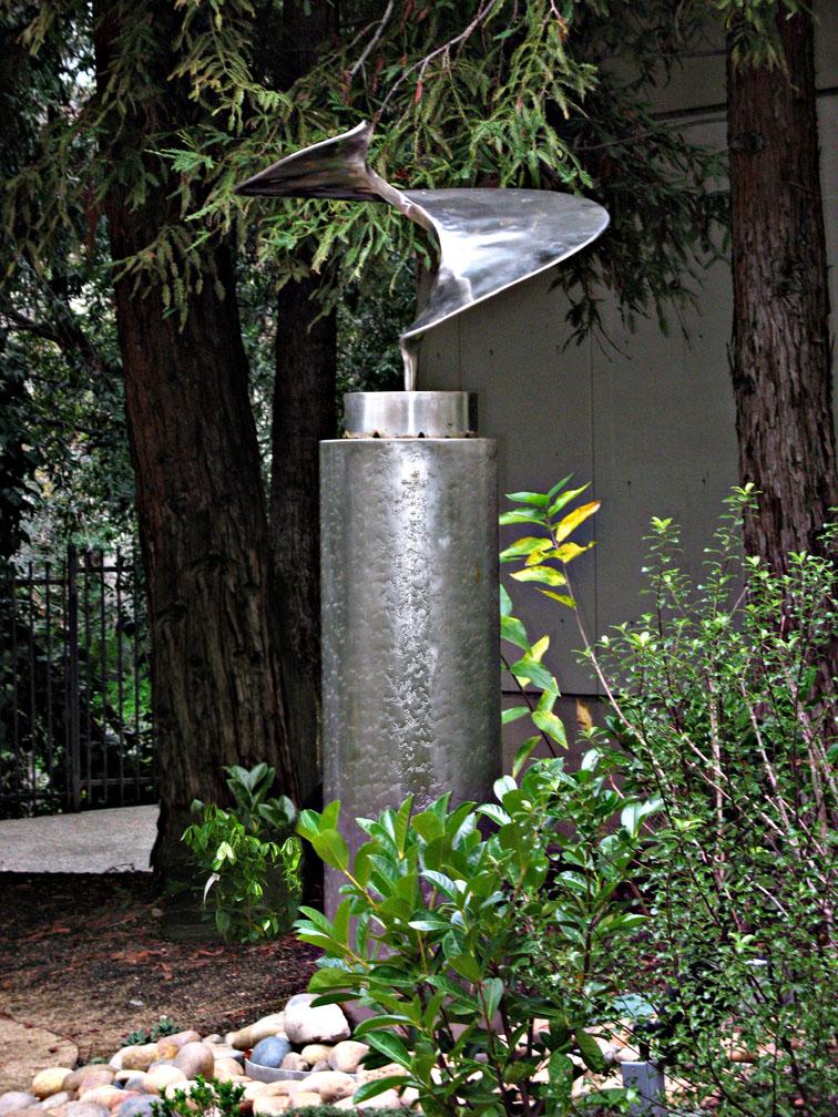 metal Sea Spiral Fountain-showing flow