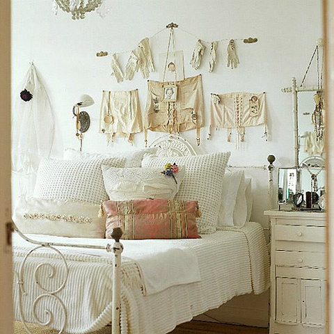 20 vintage bedrooms inspiring ideas decoholic - Vintage bedroom decor ideas ...