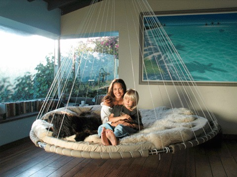 awesome floating bed