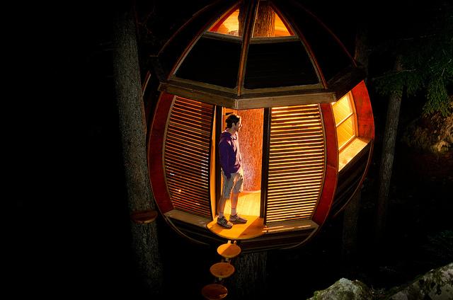 secret tree house the helmloft by joe Allen 7
