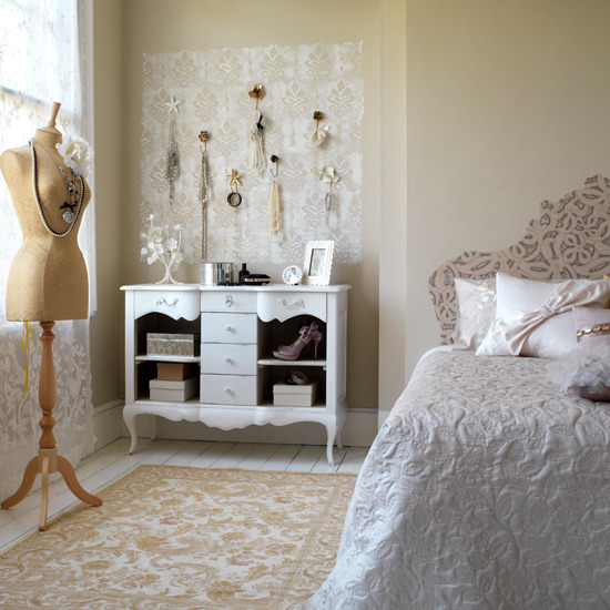 Wonderful Vintage Style Bedroom Decorating Ideas 550 x 550 · 102 kB · jpeg